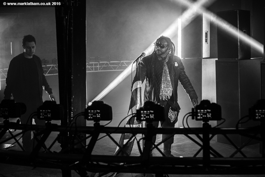 Benji from Skindred on set of bullet time rig shoot